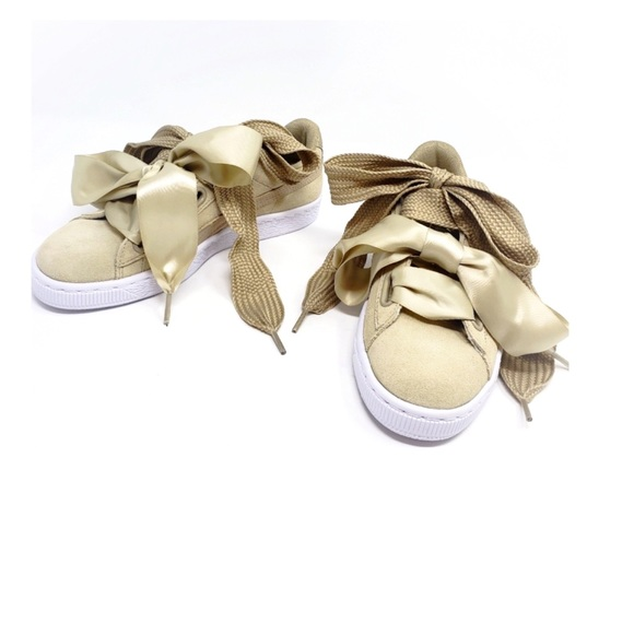best website 98ff8 4eb2f Puma Tan Heart Sneakers Double Shoe Laces Big Bow NWT